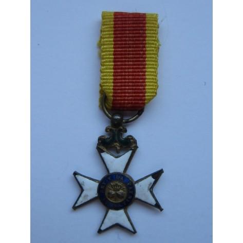 San Fernando Officer's Cross