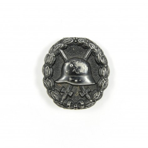 Wound badge black grade.
