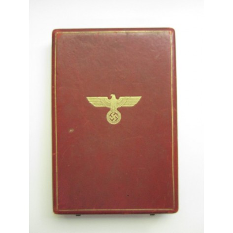 Case of isue for a German Eagle Order 2nd Class