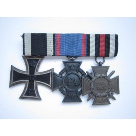 Oldenburg's Medal Bar