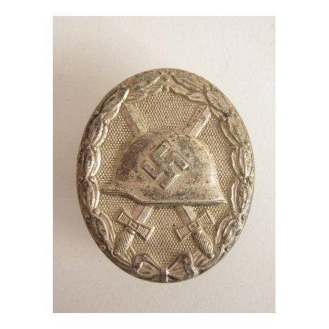 "Silver Wound Badge ""92"""